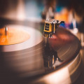 Waarom is vinyl terug zo populair aan 't worden?
